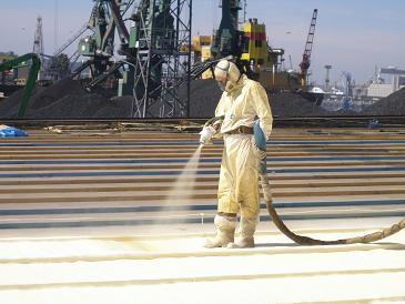remont dachu Bałtyckiej Bazy Masowej pianka poliutetanowa