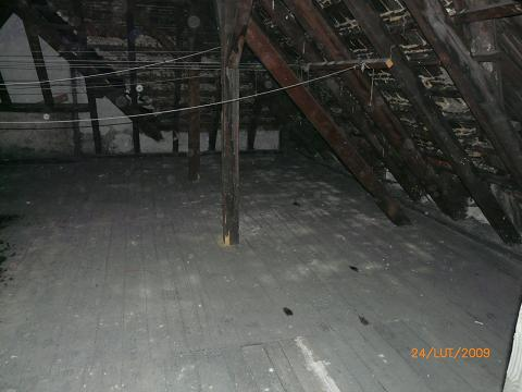 Adaptacja strychu na mieszkanie